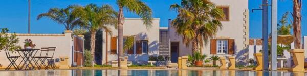 villa-al-mare-con-piscina-villa-del-tufo-marsala