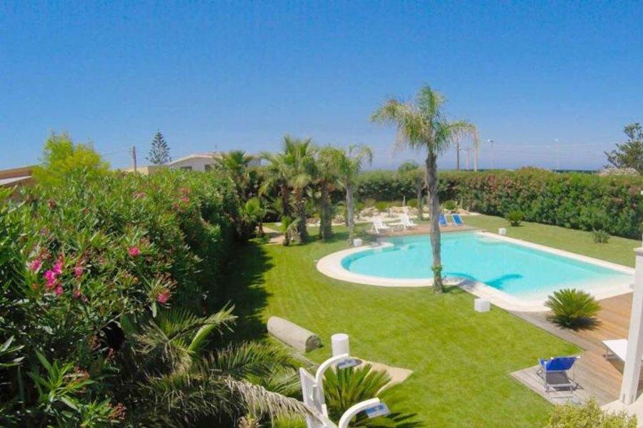 villa-con-piscina-in-affitto-villa-saracena-marsala
