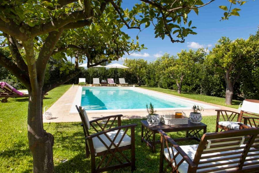 villa-con-piscina-sul-mare-casale-dell-ulivo-siracusa
