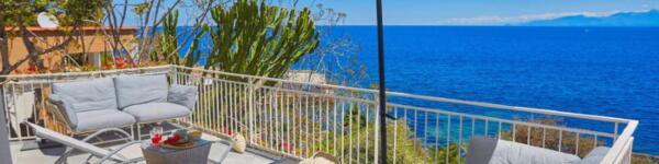 ville-di-lusso-sul-mare-sicilia-chiara-house-solanto-santa-flavia