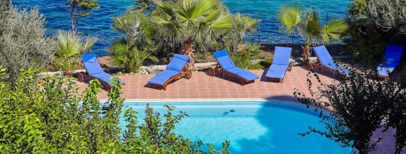 villa-angela-blu-Santa-Flavia-Palermo-scent-of-sicily