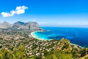 Villa con piscina in Sicilia: scegliere Palermo
